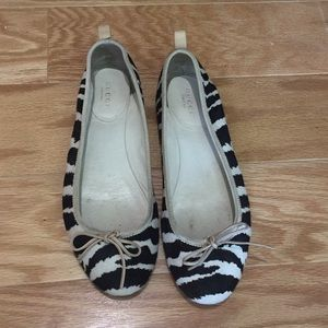 Gucci iconic pony hair zebra ballet flats 7.5